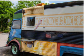 Mumbai 24*7: Cash-Strapped Hoteliers Fear Food Trucks Will Eat Into Business