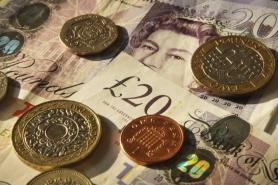 Tourism industry losing '£60m a day' in lost revenues from overseas visitors