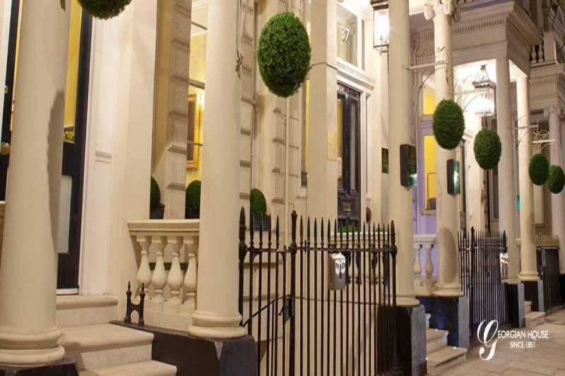 London hotel makes magic with 'unprecedented' demand for wizardry afternoon tea