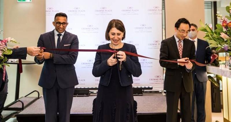 Ribbon cut as Crowne Plaza returns to Sydney CBD Hotel Management