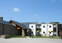 Cumbrian hotel gets snapped up by brothers