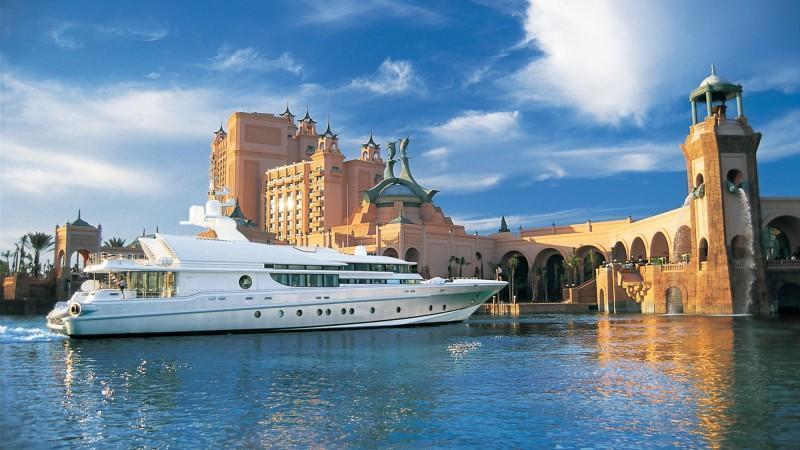 Atlantis Paradise Island reopening in December