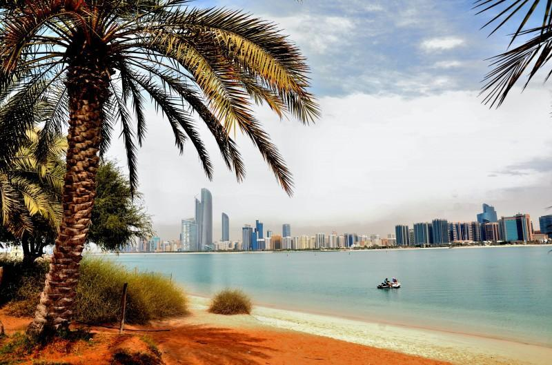 Live in Abu Dhabi with a new permit for international freelancers