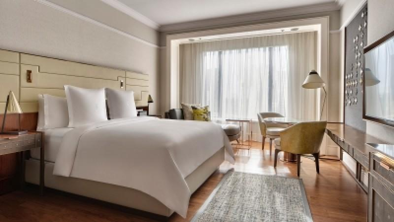 Four Seasons Hotel Singapore Reveals the Hypoallergenic Collection
