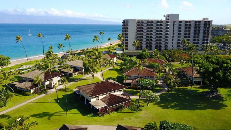 At Royal Lahaina, empty rooms meant full speed ahead with a refresh