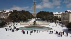 Texas hotels book up as people flee power outages, biting cold