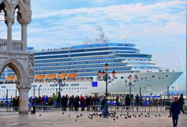 Italian Government Bans Cruise Ships From Venice City Center
