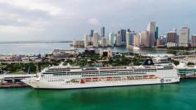 CDC to issue new cruise guidelines, Miami-Dade mayor says