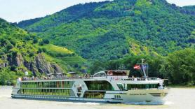 Riviera River Cruises puts health mandates in place