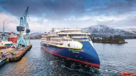 Lindblad Expeditions reports strong bookings