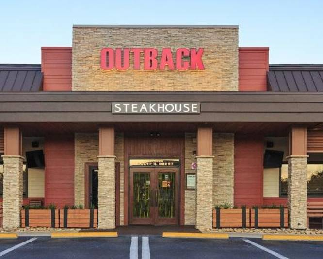 Bloomin' Brands Promotes Danielle Vona to CMO