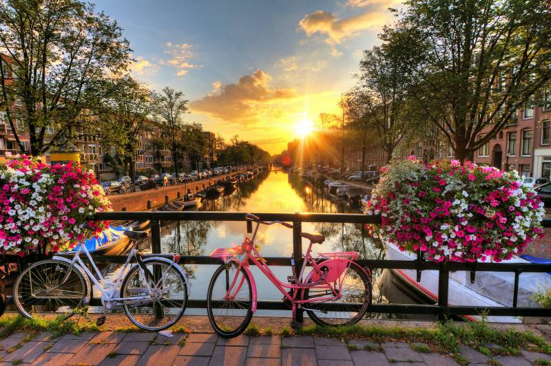 Americans can now travel to the Netherlands here's what to expect