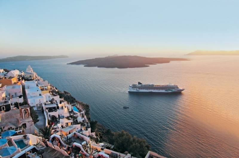 Norwegian Cruise Line returns to operation in Greece