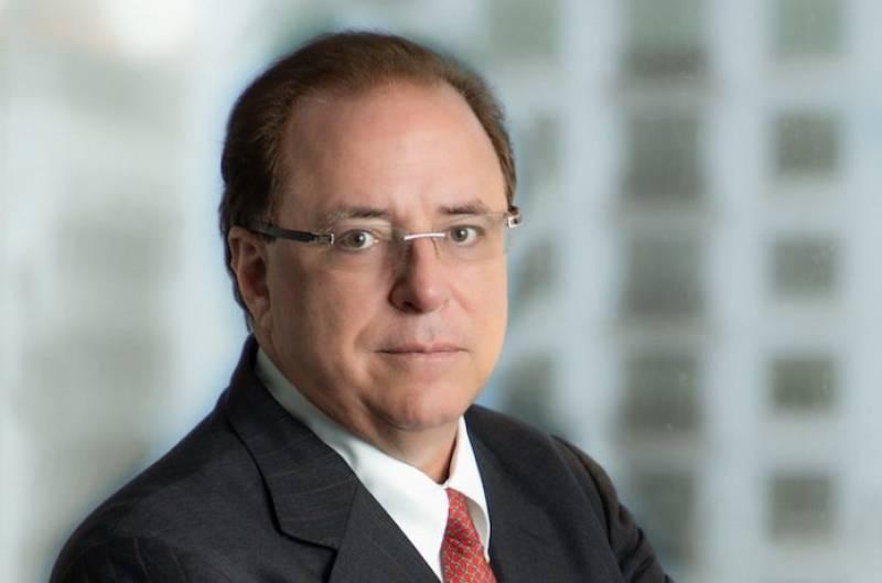 Carlos J Rodriguez Sr Receives 2020 Hilton Lifetime Achievement Award