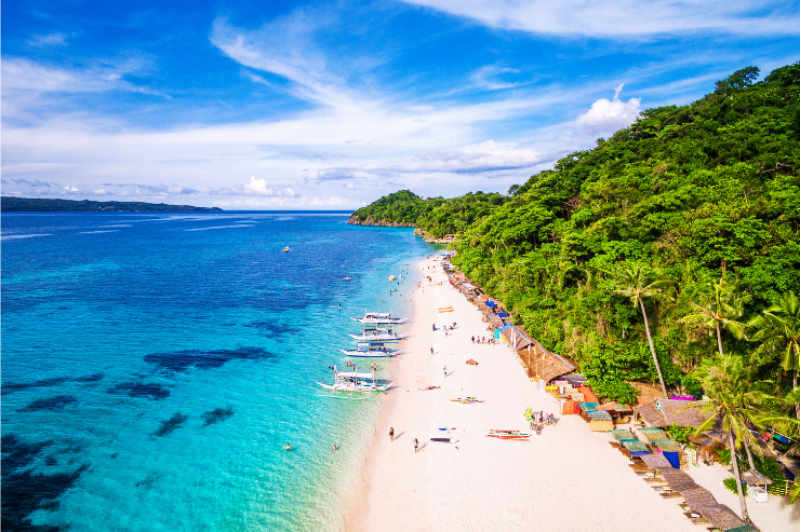 More tourism workers in Boracay to receive COVID-19 jabs