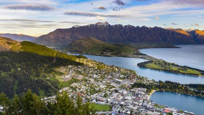 New Zealand To Begin Reopening for Foreign Travel in Early 2022