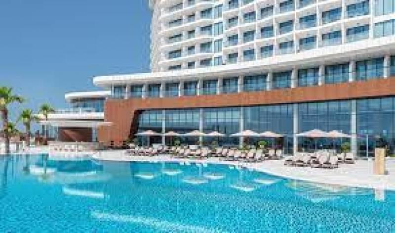World's largest Hampton by Hilton in Al Marjan Island