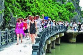 Vietnam plans to be within top 50 in tourism competitiveness