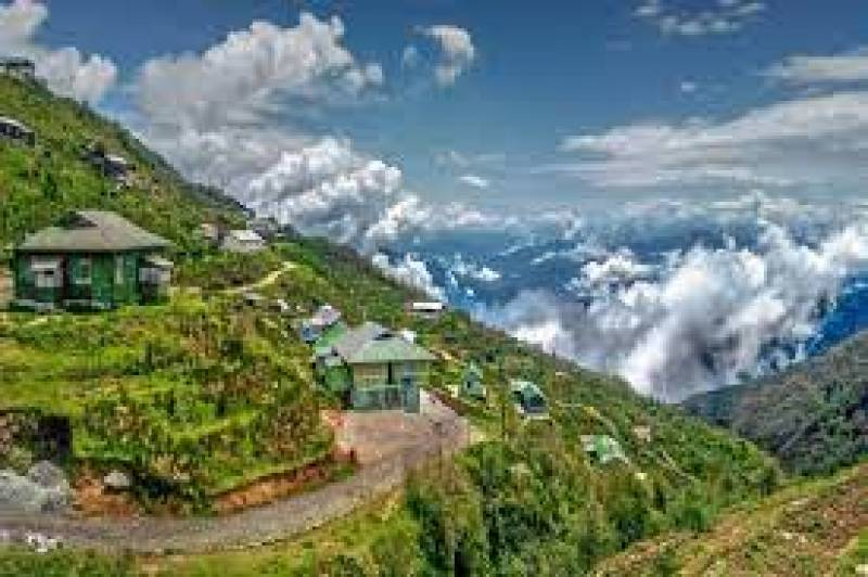 Sikkim reopens Yumthang Valley in Lachung village