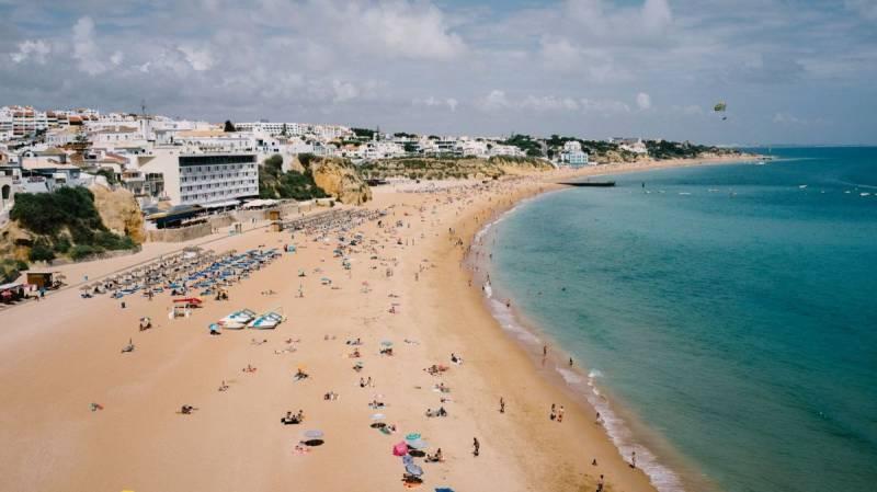 Algarve hotel occupancy at 76%