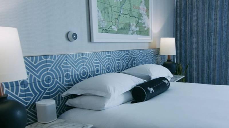 IHG Hotels & Resorts Creates Smart Hotel Room at the Kimpton Rowan