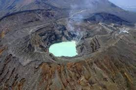 Japan's Mount Aso eruption threatens tourism obstruction